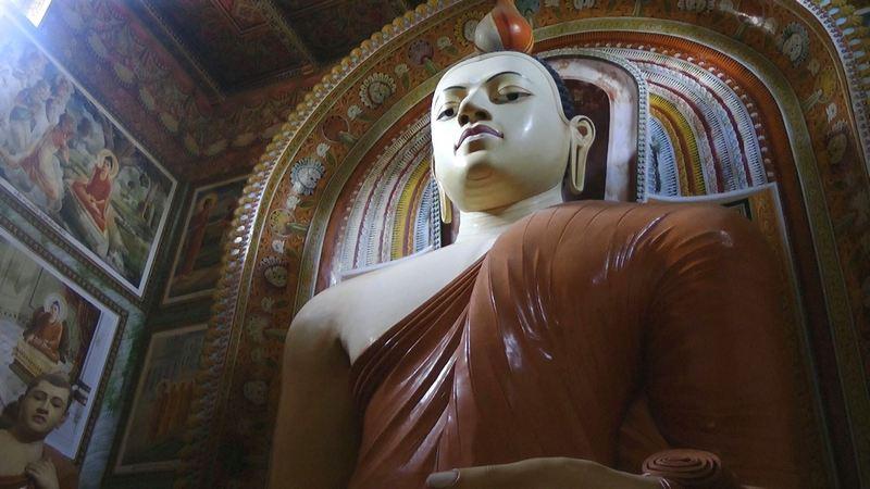 Der Kumarakanda Tempel in Hikkaduwa